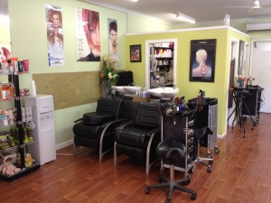 Shaggahs Hair Studio - Inside